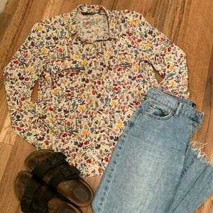 Zara | Floral Button Up shirt